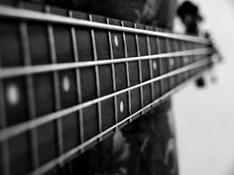 bas gitar çalmanın püf noktaları
